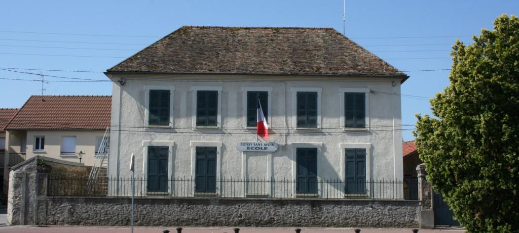 mairie thoiry 01